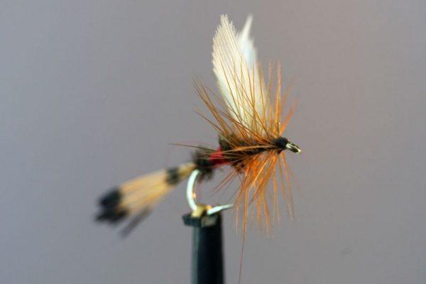 1000vliegen-nl-droge-vliegenset-vliegendoos-grijs-set-30-stuks-topkwaliteit-haken-forel-witvis-vliegvissen-vliegvisser-haakmaat-14-haakmaat-16-venlo