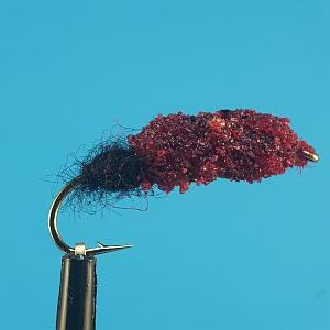 Cased Caddis dark red - black 1000vliegen
