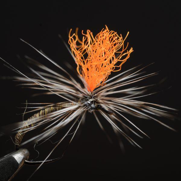 1000vliegen.nl-fly strike yarn-jan siman-indicator-parachute vlieg, semi wings-vliegvissen-forel-vlagzalm-witvis-rivier-reservoir-venlo