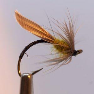 1000vliegen-nl-natte-vlieg-hatching-olive-dead-drift-intermediate-lijn-floating-lijn-vliegvissen-vliegvisser-wet-fly-forel-vlagzalm-venlo