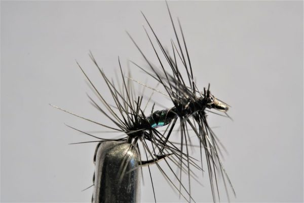 1000vliegen.nl-droge vlieg-knotted midge – midge-vlagzalm-forel-dry fly-vliegvissen-rivier-vliegvisser-drijvend--venlo