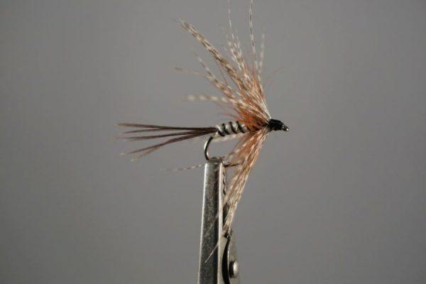 1000vliegen.nl-natte vlieg- mayfly white wet-witte natte meivlieg-intermediate lijn-floating lijn-vliegvissen-vliegvisser-wet fly-forel-vlagzalm- venlo