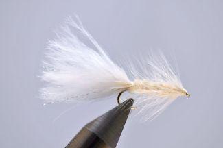 1000vliegen-nl-drijvend-droge-vliegen-woolly-bugger-woolly-bugger-white-zoetwater-kreefjes-minnows-sculpins-bloedzuigersforel-venlo-vijver-river-vliegvissen-vliegvisser-vlagzalm