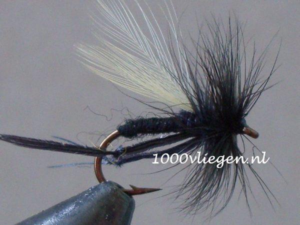 1000vliegen.nl-droge vlieg-hawthorn-oostvoornse meer-oostvoorne-meidoornvlieg-forel- dry fly-vliegvissen-rivier-vliegvisser-drijvend--venlo