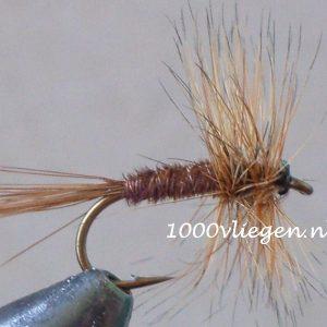 1000vliegen.nl-droge vlieg-Pheasant Tail -forel-voorn- dry fly-vliegvissen-rivier-vliegvisser-drijvend--venlo
