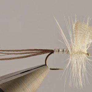 1000vliegen.nl-droge vlieg-mayfly white-vlagzalm-forel-dry fly-vliegvissen-rivier-vliegvisser-drijvend--venlo
