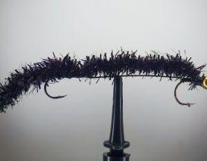 1000vliegen-nl-mcfluffchucker-forel-baars-mc-double-hookup-blackroofvis-forellenput-venlo-vliegvissen-vliegvisser-rivier-reservoir-wf-lijn-leader
