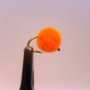 1000vliegen-nl-karper-kopvoorn-windeoppervlakteaas-drijvend-zalm-eitje-oranje-venlovliegvissen-vliegvisser-rivier-reservoir-wf-lijn-leader-tippet